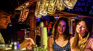 goldstrand-ausflug-pub-crawl