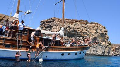 malta-ausflug-pool-party