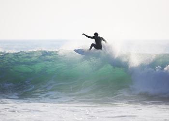 Die perfekten Natürlichen Bedingungen, sind ein muss für ein gutes Surfcamp